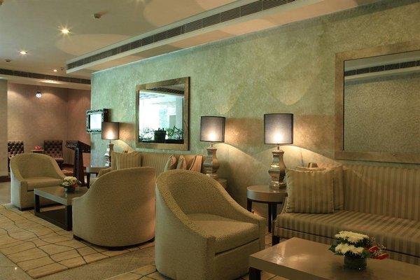 Edenpark New Delhi (Qutab Hotel) - фото 7