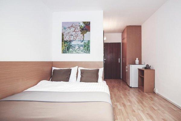 Alibi Hostel - фото 2
