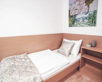 Alibi Hostel - фото 4