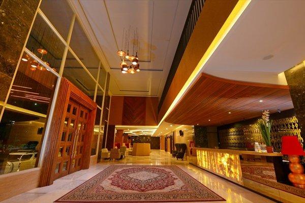 Grand Tjokro Hotel Balikpapan - фото 17