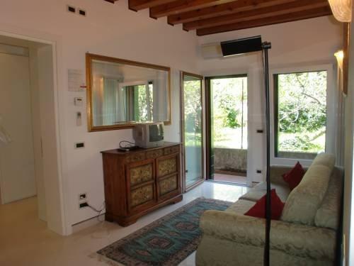 Grimaldi Apartments - Cannaregio - фото 17