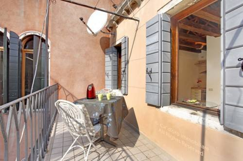 Grimaldi Apartments Cannaregio - фото 20