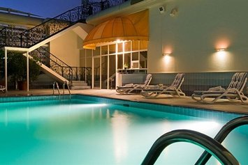 Abu Dhabi Plaza Hotel Apartments