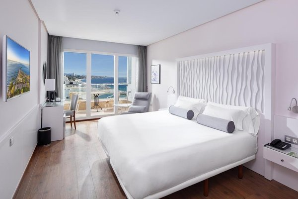 Amare Marbella Beach Hotel - Adults Only - фото 1