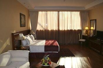 Trianon Hotel - фото 2