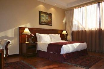 Trianon Hotel - фото 9