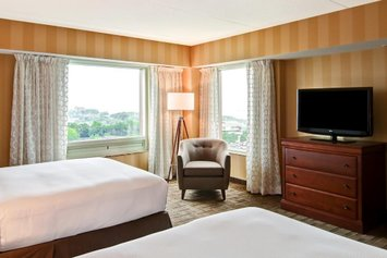 Doubletree Fallsview Resort & Spa by Hilton - Niagara Falls