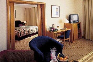 Niagara Falls Courtside Inn