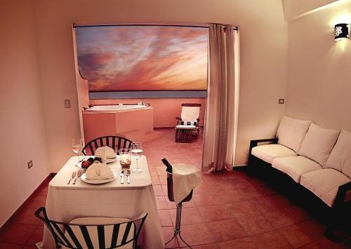 Hotel La Posada & Beach Club - фото 1