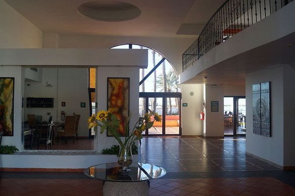 Hotel La Posada & Beach Club - фото 14