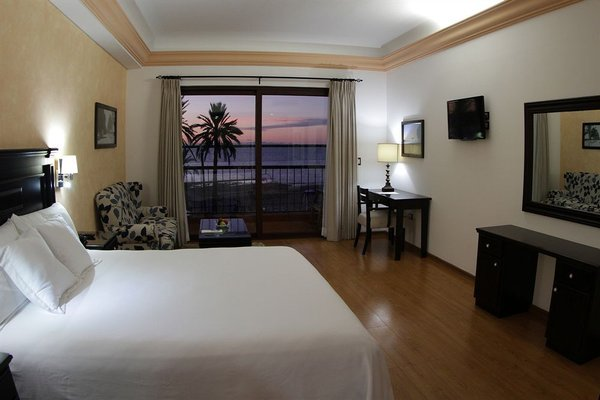 Hotel La Posada & Beach Club - фото 2