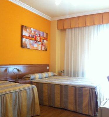 Hostal Santiago 2 - фото 50