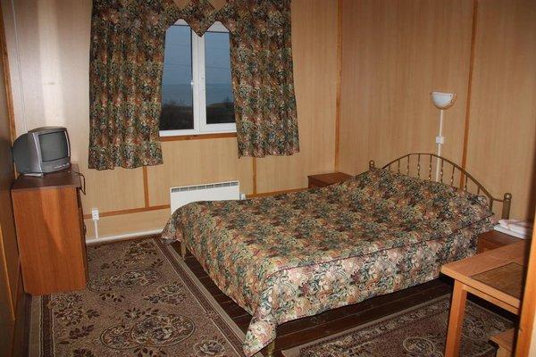 Отель Ботик - фото 1