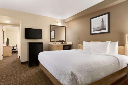 Travelodge Suites Moncton - фото 2