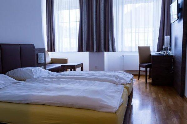 Hotel Vinothek Schwarzer Adler - фото 1