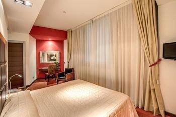 Athenaeum Personal Hotel - фото 2