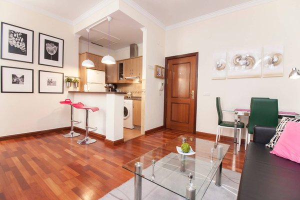 Elegant Apartment in the Old Town - фото 15