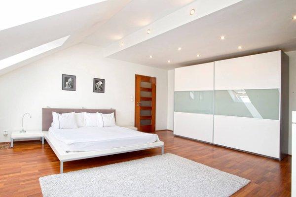 Luxury Penthouse Apartment - фото 26