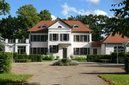 Гостевой дом «Herrenhaus Roddelin», Темплин