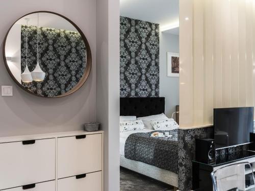atHome Apartments - фото 1