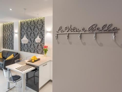 atHome Apartments - фото 11