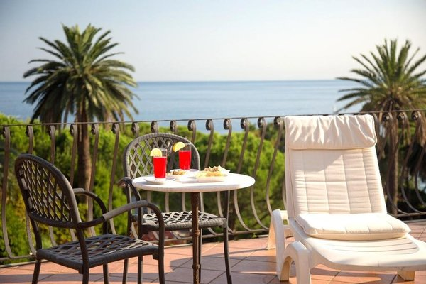 Hotel Villa Flora - фото 6