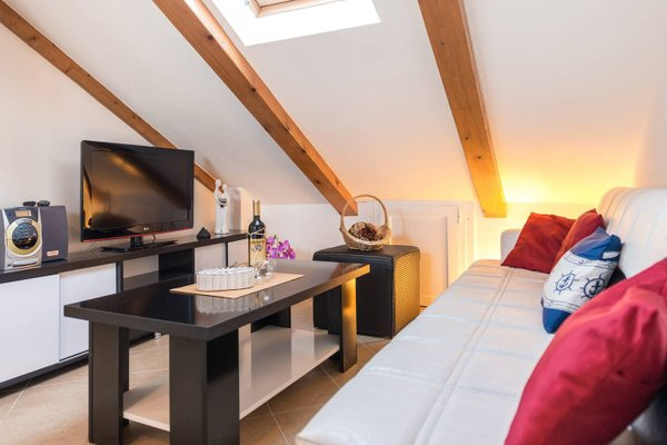 Apartment SunDelight - фото 13