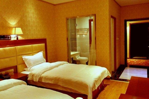 Beijing Kunji Hotel - фото 1