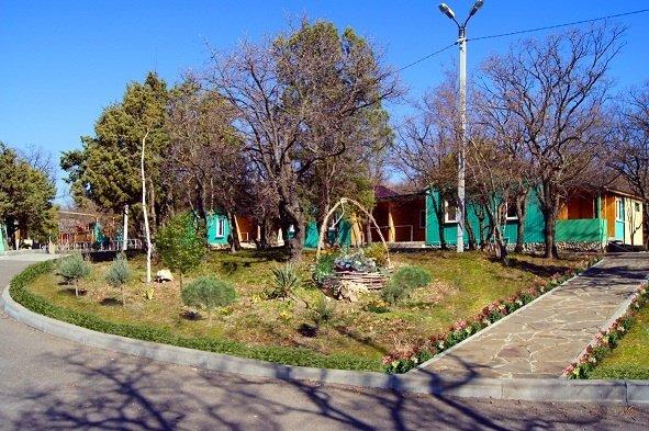 Гостиница «Оздоровительный комплекс Лазурный», Кабардинка