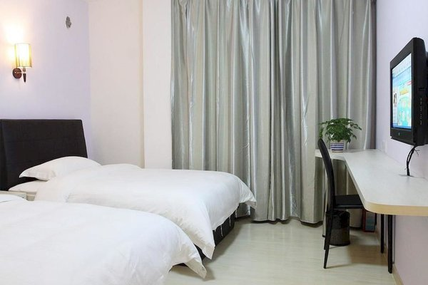 Гостиница «Crown Vogue Inn», Dashi