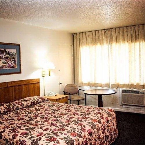 Photo of Amenity Inn