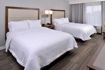 Photo of Hampton Inn & Suites Ann Arbor West