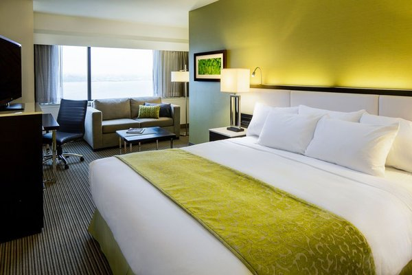 The Hollis Halifax - a DoubleTree Suites by Hilton - фото 3