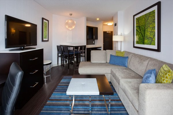 The Hollis Halifax - a DoubleTree Suites by Hilton - фото 7
