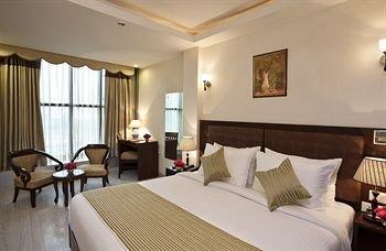 Hotel Saptagiri - фото 1