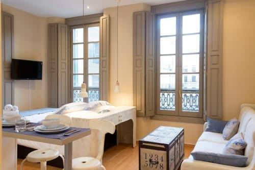 Apartamentos Livin4Malaga - фото 12