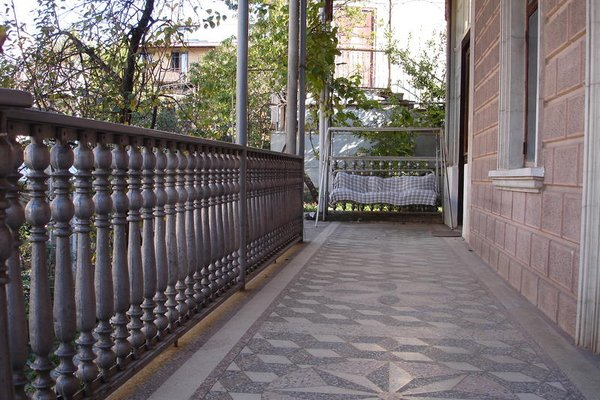 Guest House Deda Lali - фото 2