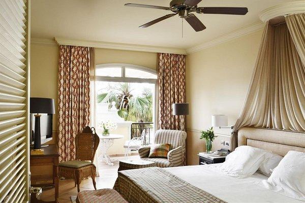 Gran Hotel Bahia del Duque Resort - фото 1