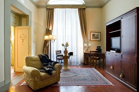 Palazzo Magnani Feroni, All Suite - Residenza D'Epoca - фото 16