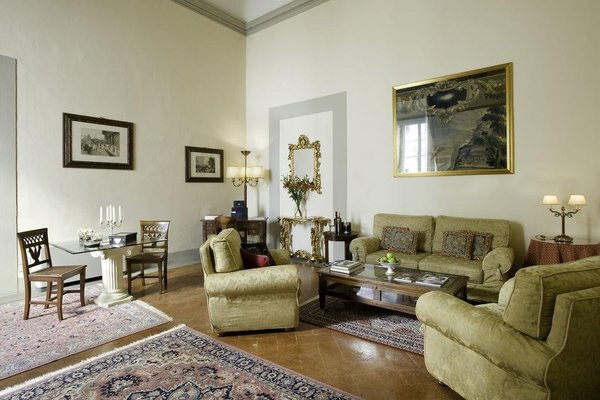 Palazzo Magnani Feroni, All Suite - Residenza D'Epoca - фото 5