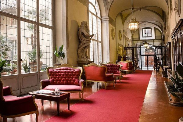 Palazzo Magnani Feroni, All Suite - Residenza D'Epoca - фото 7