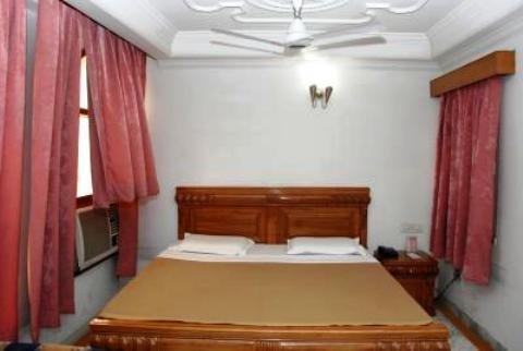 Hotel International Inn - фото 8