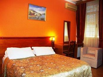 Hotel Nobel Tirana - фото 4