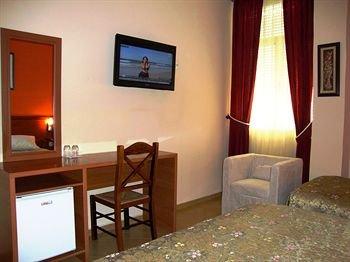 Hotel Nobel Tirana - фото 6