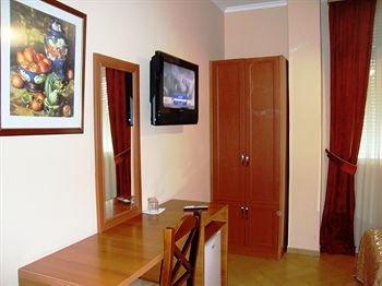 Hotel Nobel Tirana - фото 7
