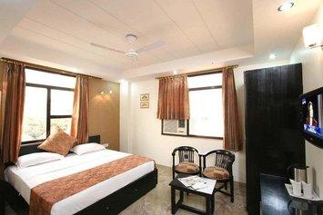 Hotel Jeniffer Inn