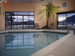Oceanfront Suites at Cowichan Bay - фото 16