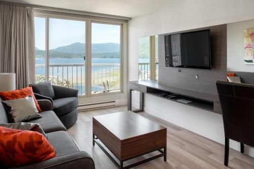 Oceanfront Suites at Cowichan Bay - фото 3
