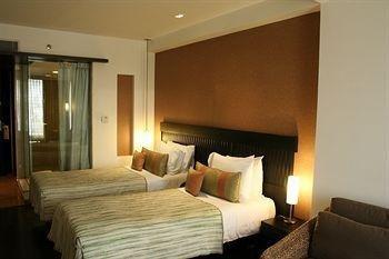 Mosaic Hotel - фото 1