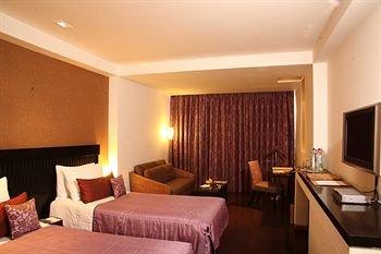 Mosaic Hotel - фото 2